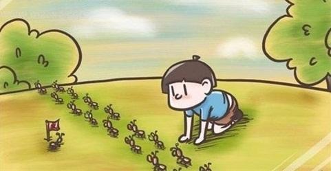 蹲在地上观察蚂蚁搬家. 2.追在别人后面踩别人的影子.